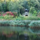 Chatsworth Lake & summerhouse_compressed